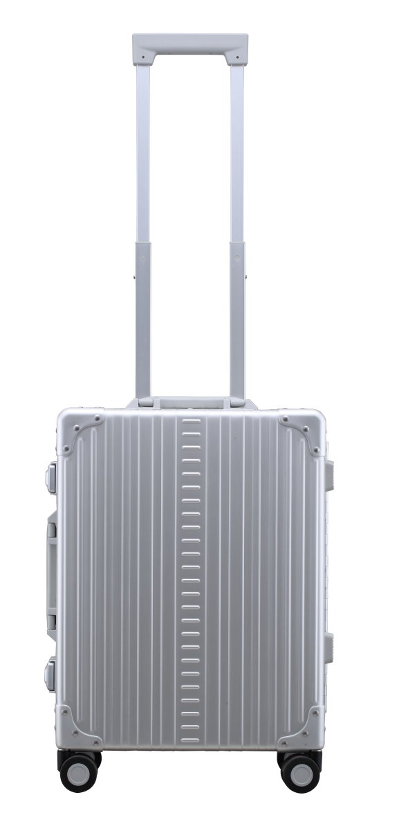 "Image of International Carry-On 21"" Koffer in Platin"
