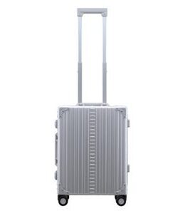 "International Carry-On 21"" Koffer in Platin"