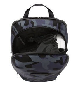 Gion Backpack in Black Camouflage Grösse M